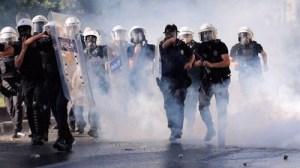 turkey-riot-police